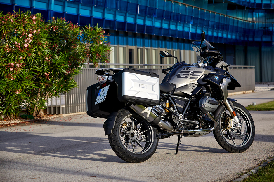 P90235534_highRes_the-new-bmw-r-1200-g.jpg