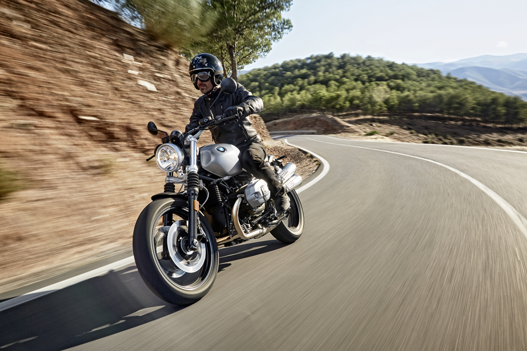 P90203073_highRes_the-new-bmw-r-ninet-.jpg