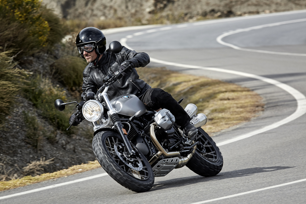 P90203094_highRes_the-new-bmw-r-ninet-.jpg