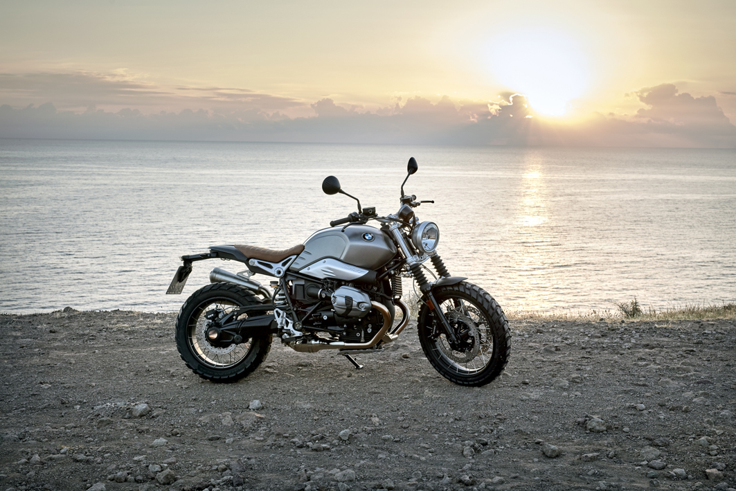 P90203121_highRes_the-new-bmw-r-ninet-.jpg